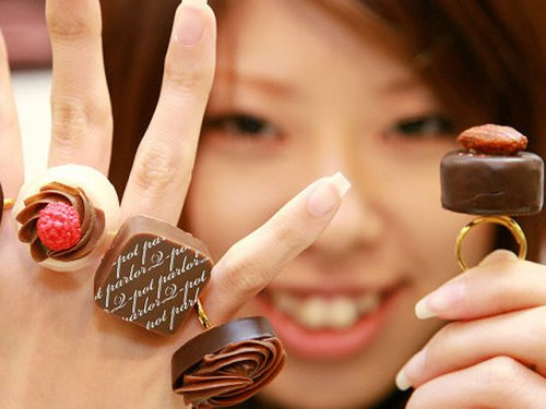Празднование Дня святого Валентина: что дарят друг другу японцы