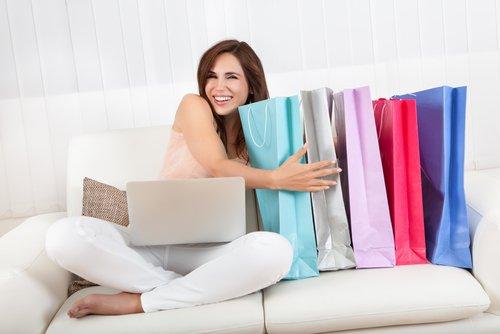 Где купить одежду оптом?
