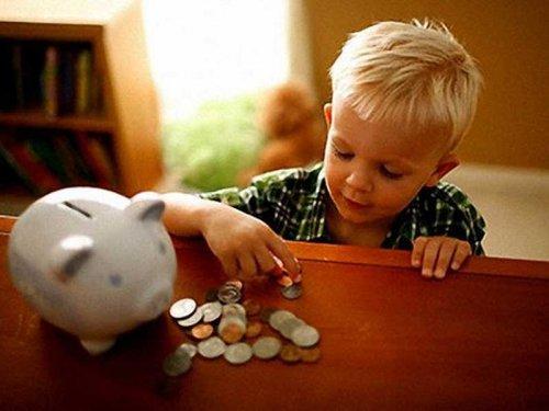 На заметку родителям: значение карманных денег