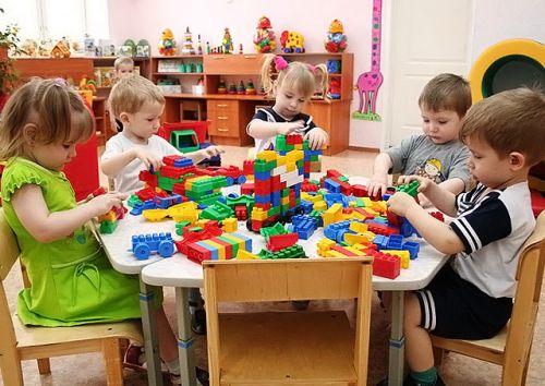 Нужно ли ребенку идти в детский сад?