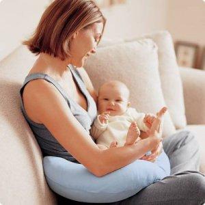 В семье новорожденный: как правильно подготовиться к визиту гостей?