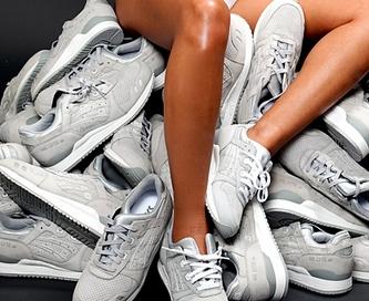 Спортивная обувь: выбираем женские кроссовки