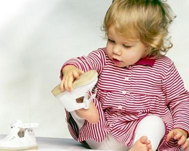 Как правильно выбирать обувь для малыша