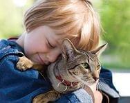 Малыш и домашнее животное