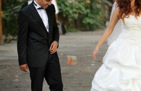Наряд жениха на свадьбе: главное – чтобы костюмчик сидел