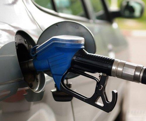 Как лучше следить за уровнем топлива в автомобиле?