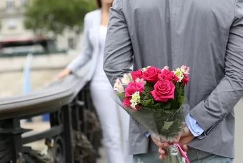 Покупаем цветы на первое свидание
