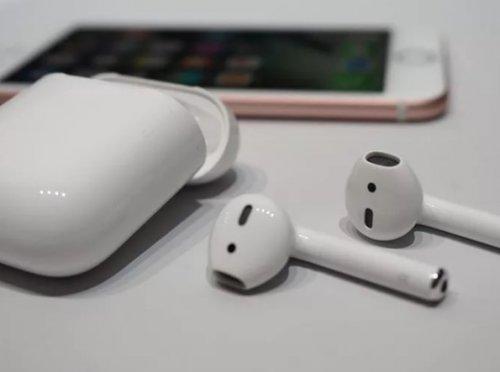 Почему выгодно покупать гарнитиру Apple в Интернет-магазине