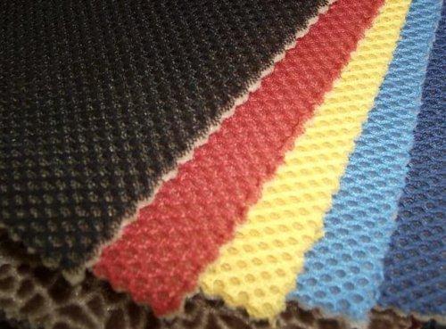 Особенности тканей для автомобильных чехлов