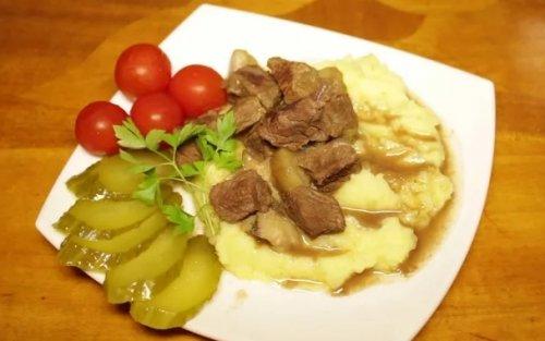 Рецепты для мультиварки: тушеные шампиньоны с говядиной