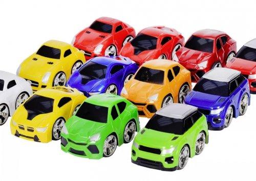 Игрушечные автомобили для ребенка
